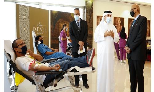 Devji Aurum organize blood donation camp
