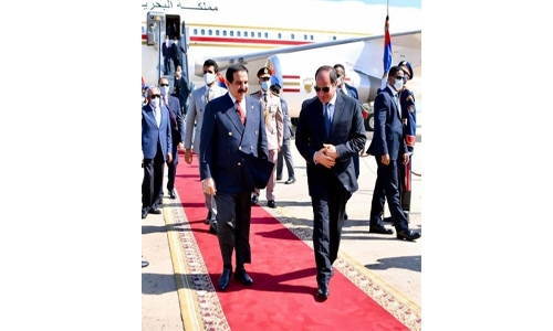 His Majesty King Hamad backs effort to protect legitimate rights, water security in Nile river