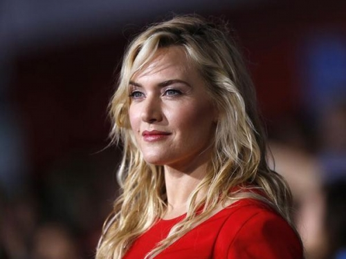 Kate Winslet recalls 2004 'SNL' appearance as 'a hotbed of anxiety'