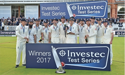 Anderson bowls England to series win
