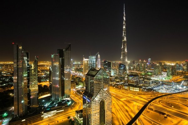 Dubai orders private sector to work from home
