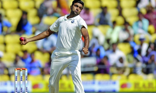 India smash Sri Lanka as Ashwin claims 300