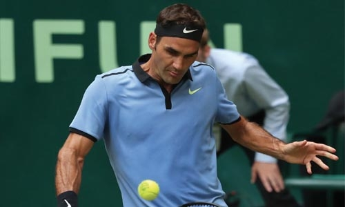 Federer  claims 1100th tour win