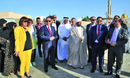 Minister inspects Al Nabih Saleh Island