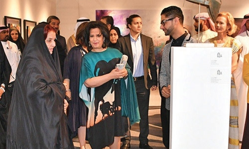 Art Exhibition BAB2017 focuses on emerging artists