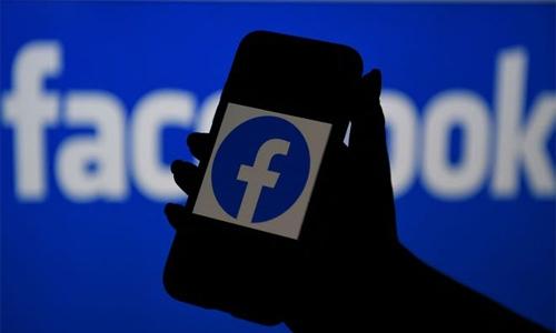 Facebook apologises for mislabelling black men as primates