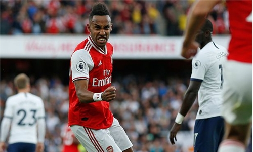 Aubameyang rescues point for Arsenal