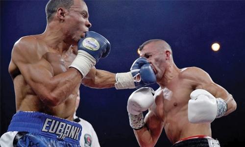 Chris Eubank Jr knocks out Avni Yildirim