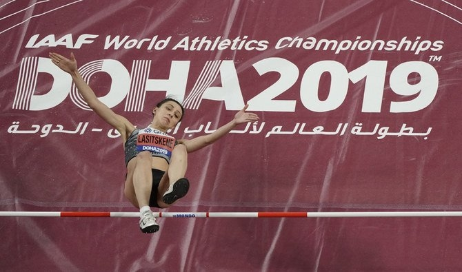 Russian athletics champ blasts own sports authorities