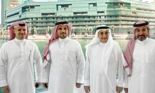 Deputy Premier visits Bahrain Harbour project