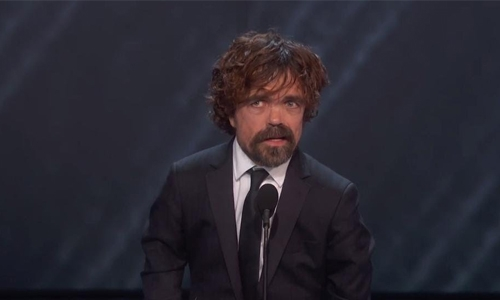 Peter Dinklage in talks to star opposite Rosamund Pike in 'I Care a Lot'