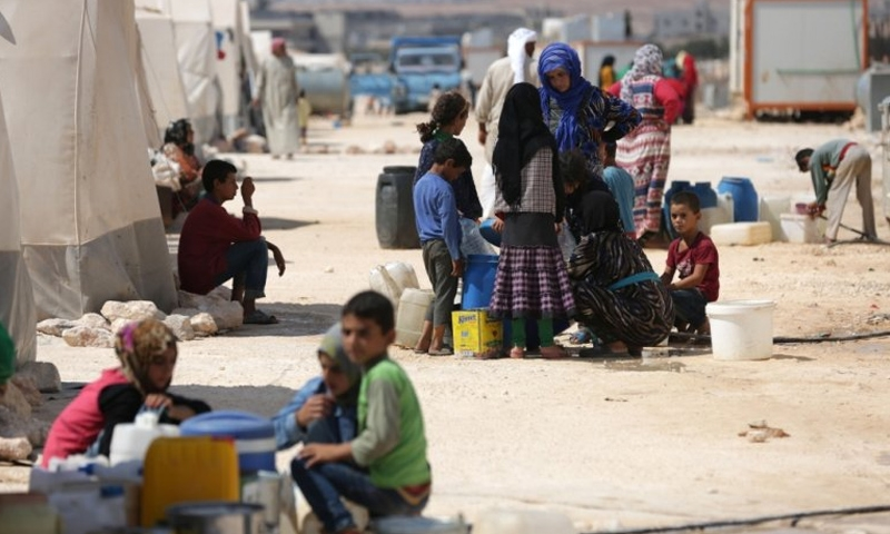 Syria Idlib offensive displaces 30,000 people