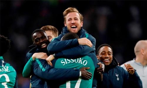 Kane's half-time pep-talk inspires Spurs fightback