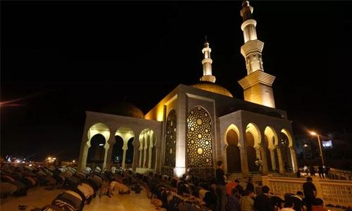 Sacred Muslim month of Ramadan starts