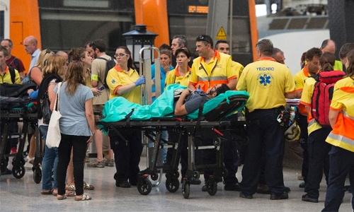 26 French among Barcelona injured