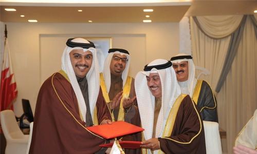 Ministry, Representatives Council sign MoU