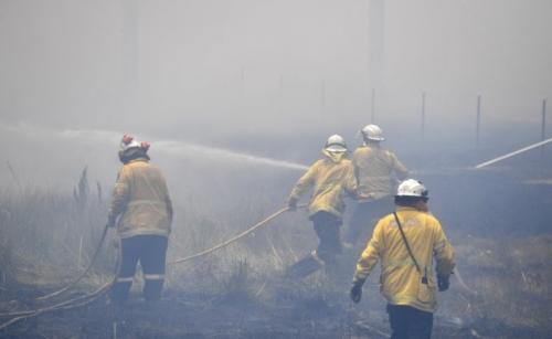 Australia plan to extinguish bushfires within 1 hour