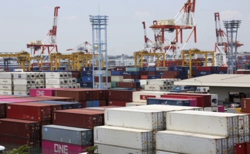 Japan exports fall 15% in August as pandemic pummels trade