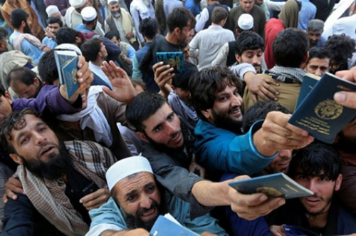 Afghanistan: Many killed and wounded in visa stampede
