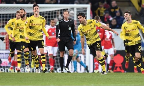 Dortmund triumph