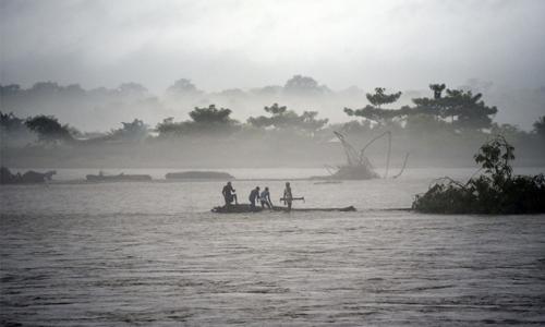 Monsoon wreaks flood havoc across South Asia