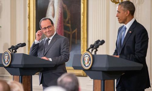 Hollande and Obama vow unity against IS, appeal to Russia