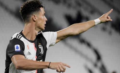 Ronaldo brace propels Juve toward ninth successive Scudetto