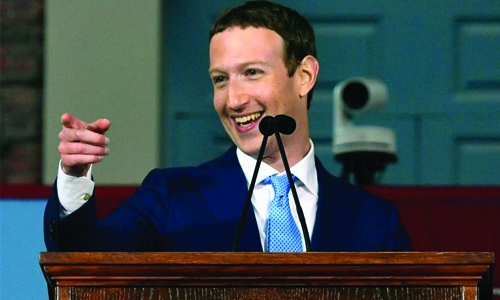 13 years after quitting, Zuckerberg gets Harvard degree