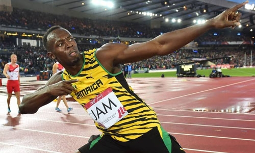 Bolt anchors Jamaica into finals