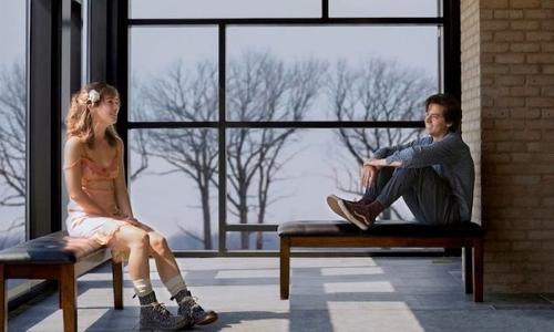 Five Feet Apart: sickly teen romance dies a slow death