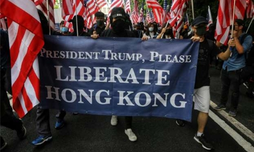Hong Kong protesters take message to US consulate