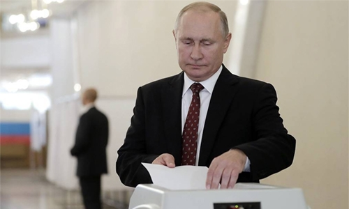 Russians vote in regional elections