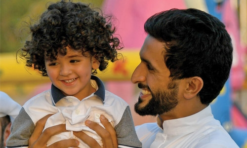 Shaikh Nasser honours families of martyrs