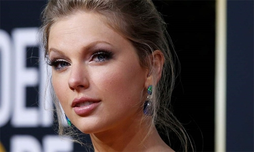 Taylor Swift voted artist of year for sixth time