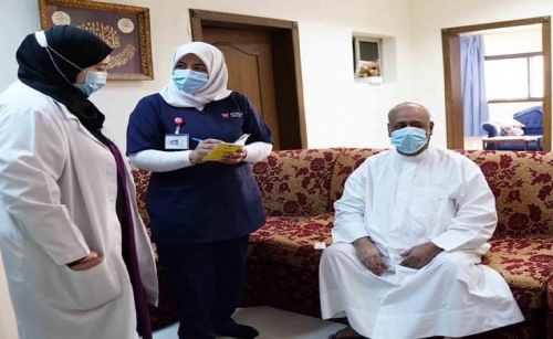 Bahrain Health Ministry launches mobile units to vaccinate the elderly