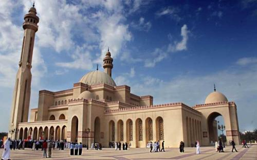40,000 non-Muslims visited Grand Mosque last year