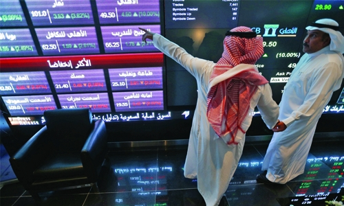 Most Gulf stocks in red over Syria  tension