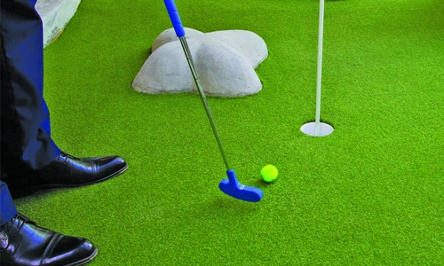 Crazy Golf Club opens at Fontana Garden