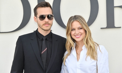 Melissa Benoist, Chris Wood engaged