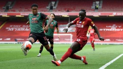 Mane gets Liverpool back on track against wasteful Aston Villa