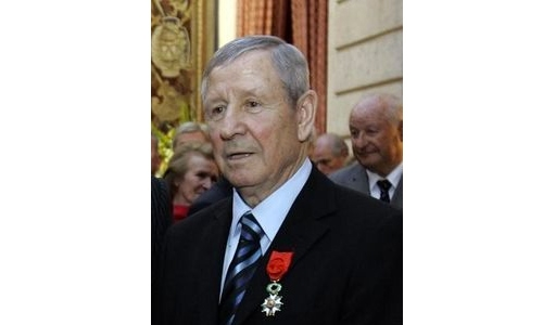 French football legend Raymond Kopa dies aged 85