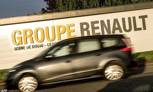 Renault signs 660 mln euro deal with Iran