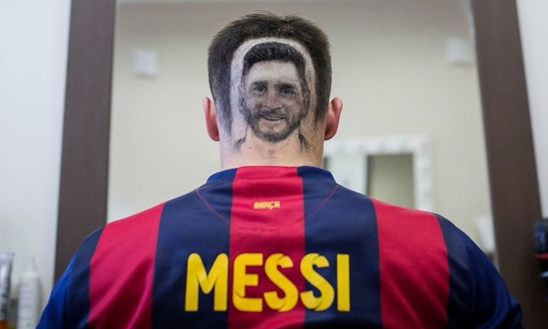 Hvala snips Messi 'headshot' for fans