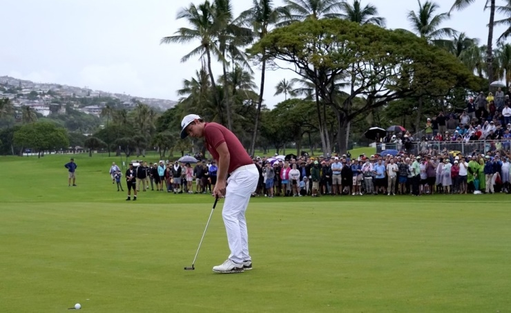 Cameron Smith wins Sony Open in playoff after wild finish