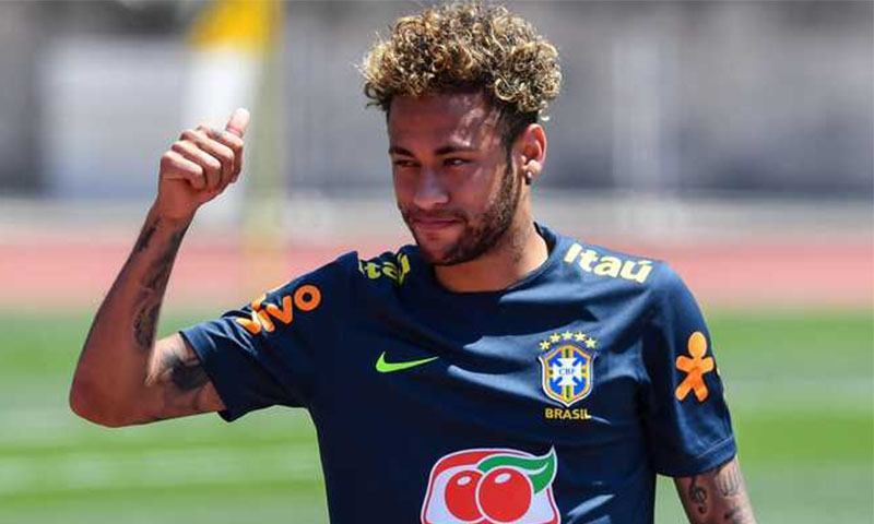 Neymar is star attraction as fans swarm to training
