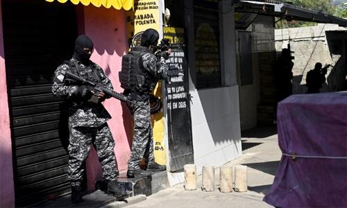 25 killed in Rio de Janeiro's deadliest police raid