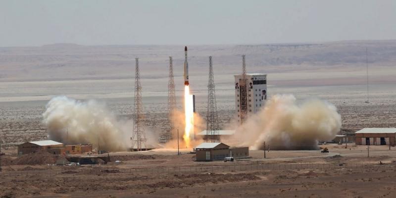 Iran rocket launch fails to put satellite into orbit