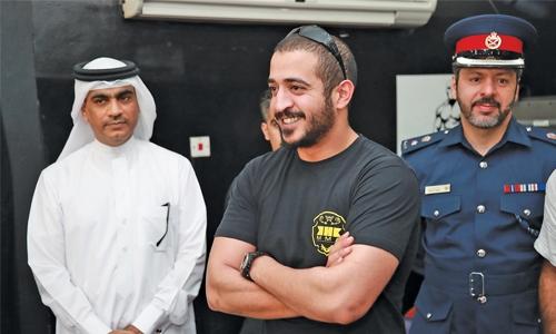 Shaikh Khalid bin Hamad visits martial art clubs