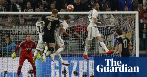 Ajax stun Juventus