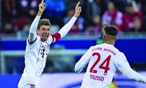 Bayern thrash Freiburg 4-0